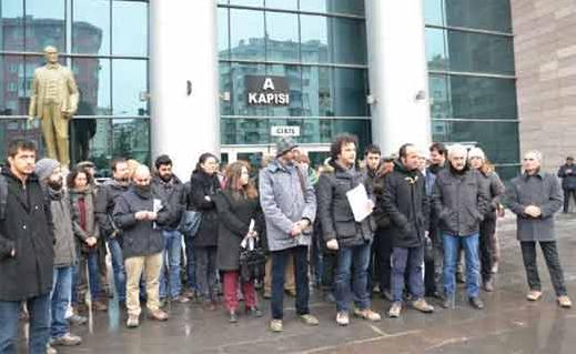 Στα τουρκικά δικαστήρια η ελευθερία της έκφρασης αναστενάζει