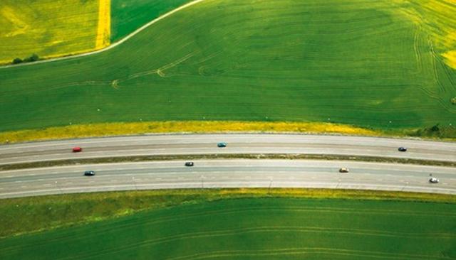 ΟΙΚΟΛΟΓΙΚΗ ΟΔΗΓΗΣΗ – Βιώσιμη κινητικότηταμε φυσικό αέριο