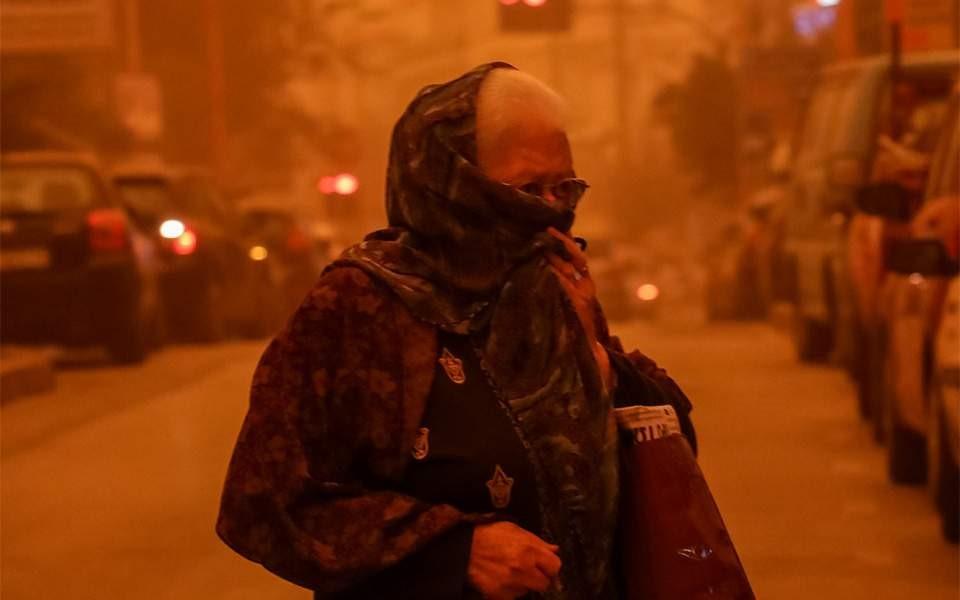 Θα μας «πνίξει»  και το καλοκαίρι η αφρικανική σκόνη
